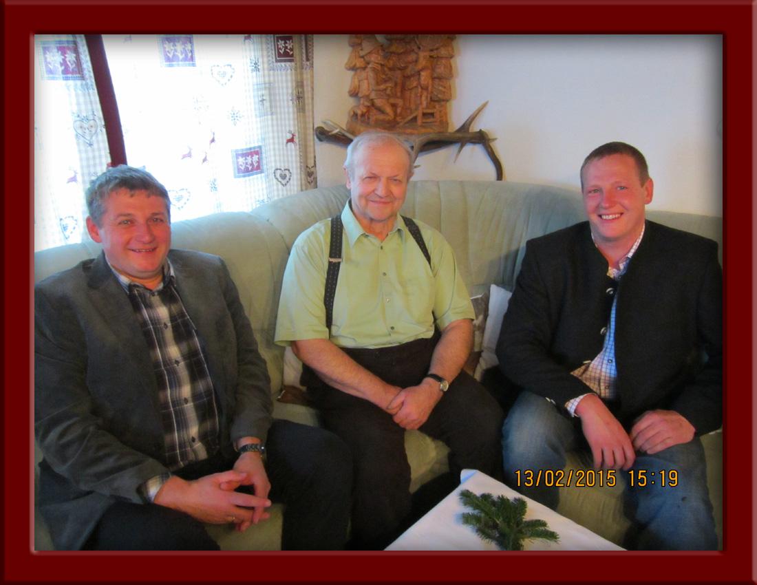 (v.l.) StR Thomas Farnberger, Josef Kahrer, GR Helmut Schmölz