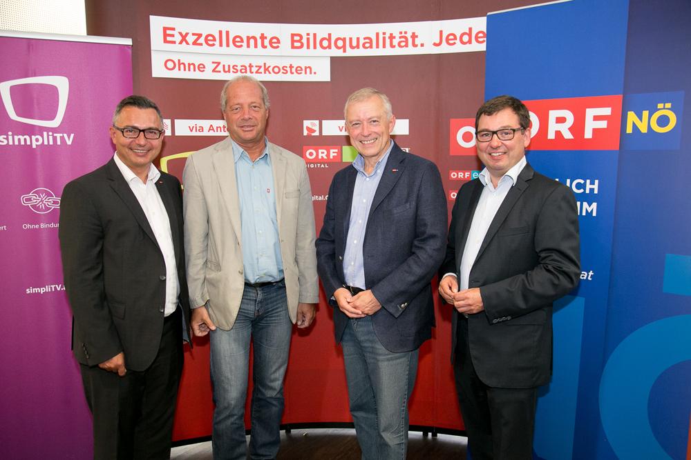 (v.l.) Radio NÖ Programmchef Karl Trahbüchle, Vizebürgermeister Andreas Klos, ORF Landesdirektor Norbert Gollinger und Chefredakteur Robert Ziegler